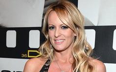 Diễn viên khiêu dâm vác đơn kiện ông Trump