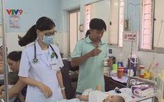 TP.HCM: Trẻ nhập viện do các bệnh mùa nắng nóng gia tăng