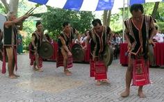 Nghe Tiếng chày trên sóc Bom Bo bằng tiếng Xtiêng giữa lòng Sài Gòn