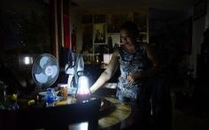Cả tháng sau cháy, dân chung cư Carina vẫn cứ mong về nhà