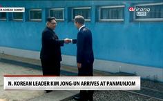 Chờ cú bắt tay Trump - Kim ở DMZ