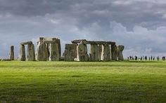 Bí ẩn bãi đá cổ Stonehenge ở Anh