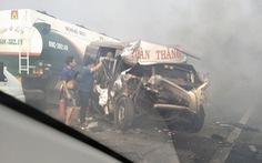 Khói mù mịt, nhiều xe tông nhau trên cao tốc TP.HCM - Long Thành