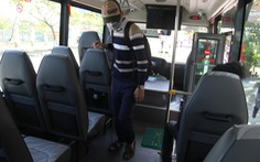 Xe chở khách ở Đà Nẵng vẫn chạy nhưng khách phải khai thông tin