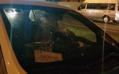 Chuyển cơ quan điều tra vụ xe hơi tông cháy xe máy, đánh người