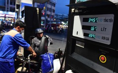 Giá xăng tăng 'đe dọa' lạm phát