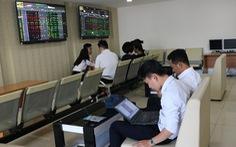 VN Index vượt ngưỡng 1.200 điểm nhờ ngân hàng, chứng khoán