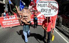 Dân Philippines xuống đường đòi tổng thống Duterte giữ lời hứa
