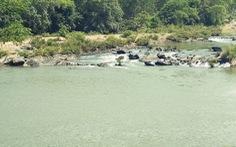 Đi chơi lễ, hai thanh niên chết đuối trên sông