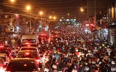 Sau tạm ngưng, phà Cát Lái tiếp nhận lại ôtô hướng TP.HCM - Đồng Nai