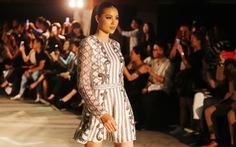 Phạm Hương lấp lánh ra mắt bộ sưu tập đầu tay Girl Boss