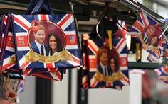 Harry - hoàng tử được yêu mến nhất nước Anh bị thờ ơ với đám cưới