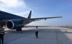Thu bằng lái 2 tháng của phi công hạ cánh nhầm đường băng