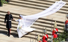 Chiếc váy cưới 'cho người bình thường' trong hôn lễ hoàng gia Anh