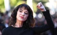 Asia Argento nhắc lại việc từng bị Harvey Weinstein hiếp ở Cannes