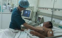Trực thăng đưa người nhồi máu cơ tim từ Trường Sa về trong đêm