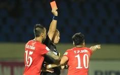 Chủ tịch CLB TP.HCM Hữu Thắng kiến nghị thẻ đỏ của Phi Sơn