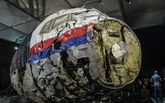 Máy bay MH17 bị tên lửa Nga bắn rơi được phục dựng cho điều tra như thế nào?