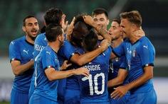 Balotelli ghi bàn sau 4 năm, Mancini ra mắt thành công