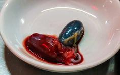 Tim rắn hổ mang còn đập vào top món ăn kinh dị nhất thế giới