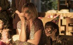 Charlize Theron tăng 22 kí để làm bà mẹ bỉm sữa trên phim