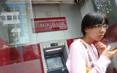 Ngân hàng Nhà nước chỉ đạo tạm dừng tăng phí ATM