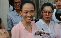 Hoa hậu Phương Nga từ chối 3 luật sư ở phiên sơ thẩm