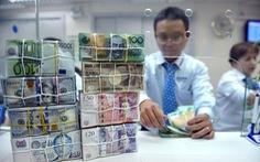 Giá USD tăng cao, bình tĩnh mà lo!