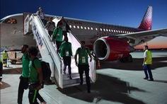 Máy bay chở tuyển Saudi Arabia gặp sự cố trên không