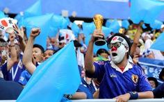 Cổ động viên Nhật lại ghi điểm sau khi dọn rác ở World Cup