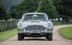 Đấu giá chiếc Aston Martin DB5 trong phim Điệp viên 007