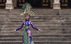Chi Nguyễn mặc trang phục truyền thống 20 ký tại Miss Asia World 2018