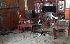 Con rể mang thuốc nổ đến nhà bố vợ cũ tự sát
