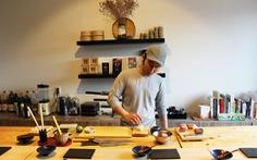Sinh viên mở nhà hàng Nhật trong ký túc xá