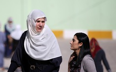 Tổng thống Thổ Nhĩ Kỳ hồi hộp chờ lá phiếu của dân