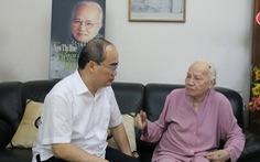 Bí thư Thành ủy Nguyễn Thiện Nhân thăm người cao tuổi