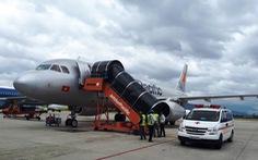 Máy bay Jetstar hạ cánh khẩn cứu hành khách bị ngất xỉu