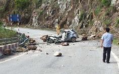 Xe ôtô bị đá đè như ở Lai Châu, bảo hiểm đền thế nào?