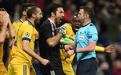 Buffon bị treo giò 3 trận ở Champions League