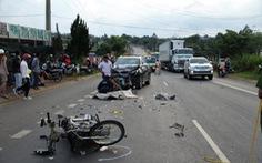 Xe máy đối đầu ôtô, 1 người tử vong tại chỗ