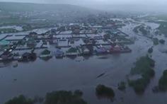 Nga mưa lớn kỷ lục khiến 8000 căn nhà ngập trong biển nước