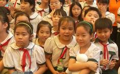 Hội phụ huynh không được thu tiền sửa trường, khen tặng giáo viên