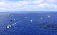 Mỹ kéo bè tập trận, Trung Quốc quân sự hóa lực lượng tuần duyên