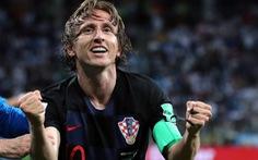 Nguyện cắt tóc soái ca, thăm 'quê' nếu thần tượng vô địch World Cup