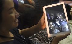 Cảnh tượng xúc động khi tìm thấy đội bóng thiếu niên tại Thái Lan