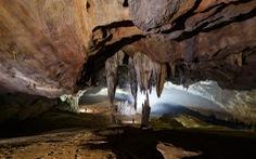 Cho hang Va và hang Nước Nứt mở cửa đón du khách