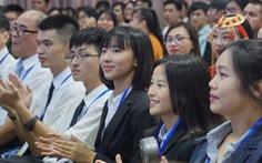 Sinh viên quốc tế dự lễ hội văn hoá quốc tế ICF 2018