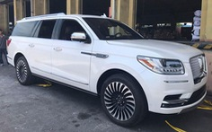 Siêu SUV Lincoln Navigator Black Label L 2018 đầu tiên 'đặt lốp' đến Việt Nam
