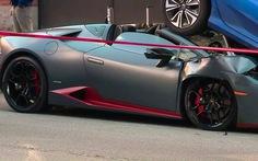 Lamborghini Huracan Spyder chui gầm Honda Civic