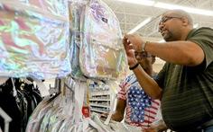 Phụ huynh Mỹ sắm cặp chống đạn cho con mùa tựu trường